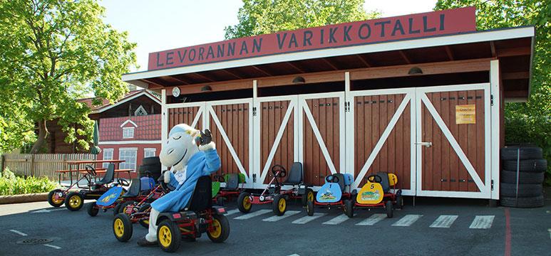 Levorannan-Autoliike-Hakkaraisen-talo-yhteistyo-1