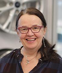Leila Ylönen - Levorannan Autoliike