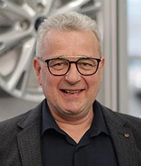 Jarmo Hakala - Levorannan Autoliike Oy