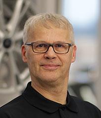 Olli Kiviniemi - Levorannan Autoliike Oy